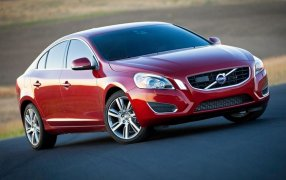 Volvo S60 Tipo 2